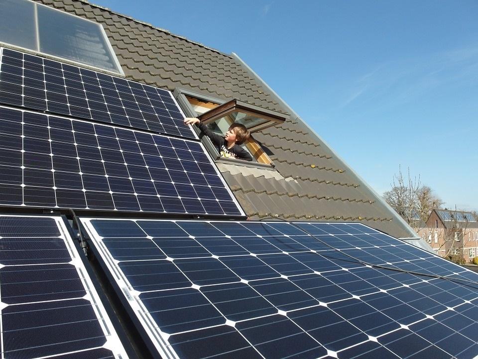 pompa ciepła i kolektor słoneczny